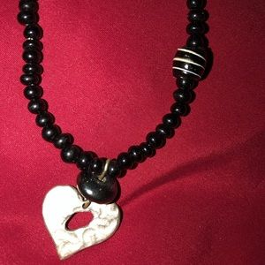 Jewelry - Toggle closure choker Heart necklace